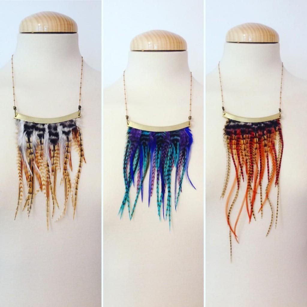 collier ethnique afropunk à plumes orixa mamzaile nante bijoux
