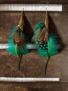 boucles-doreilles-orixa-nantes-plumes-feathers-ethnique-tribal