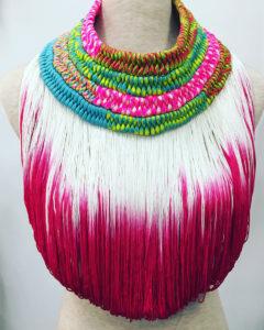 Orixa bijoux - Collier Aggayu - Collier afropunk rose, collier coloré pour défilé gypsy fashion mode