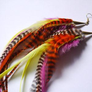 longues boucles d'oreilles en plumes multicolores orixa